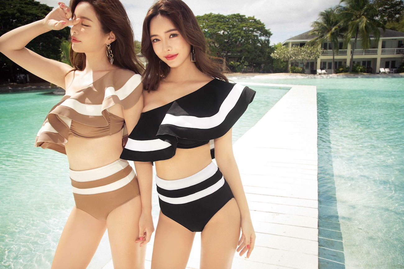 rienda suelta(リエンダ スエルタ)・2019年新作スイムウェアコレクション(韓国モデル起用)