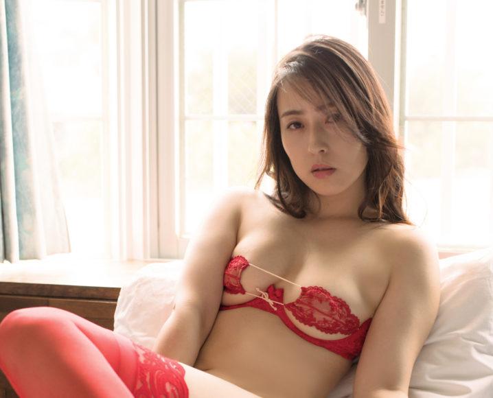 薄井しお里、2ndDVD「恋愛予報」