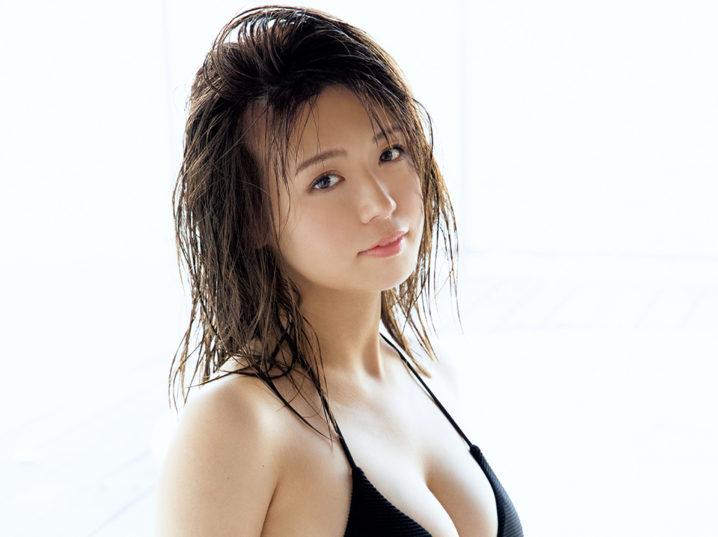 井口綾子(いのくち・あやこ) 水着グラビア