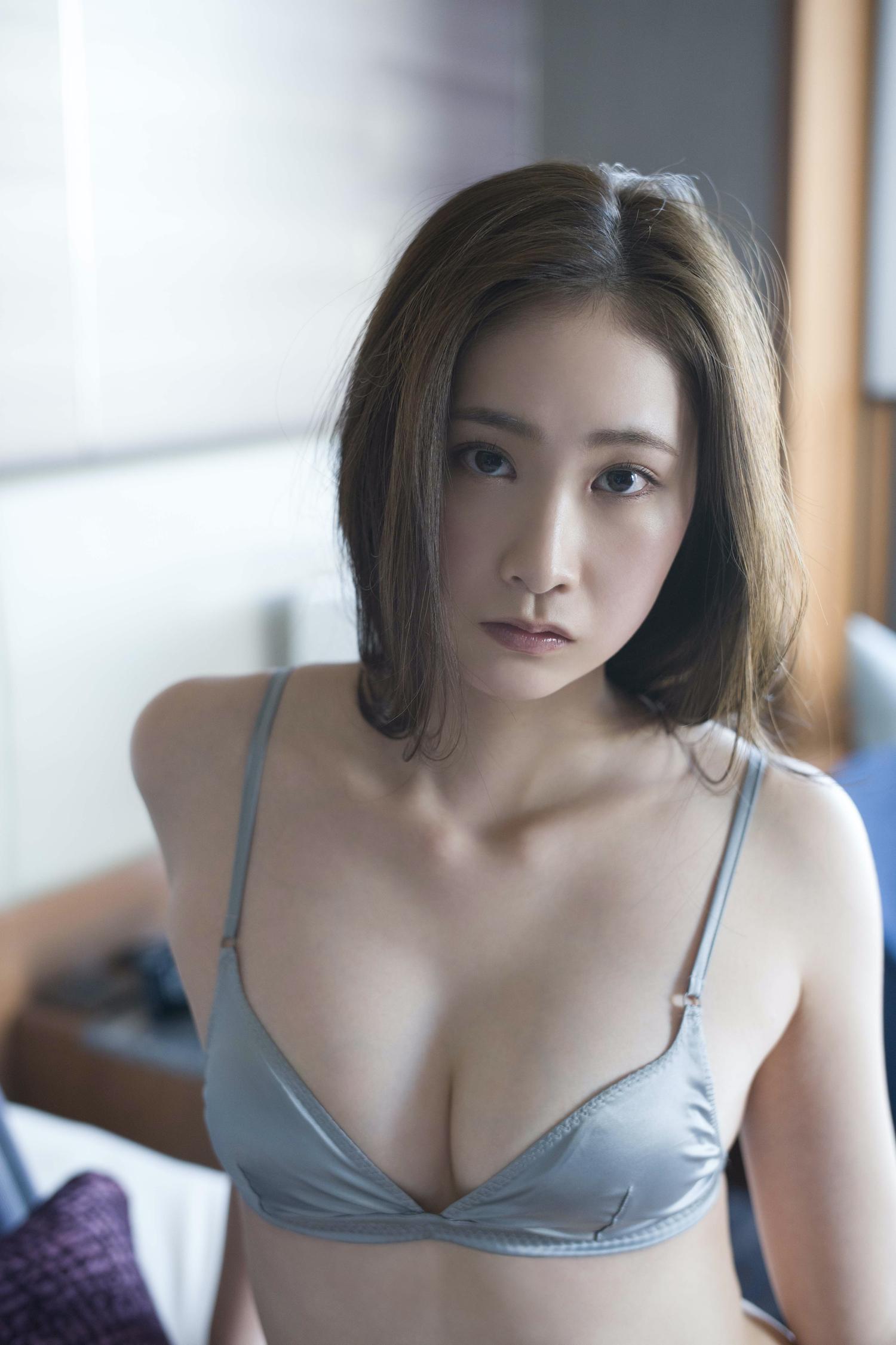 花那/撮影:佐藤裕之