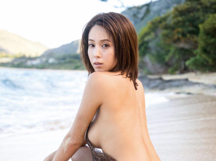 犬童美乃梨、最新 DVD「僕だけのトレーナー」