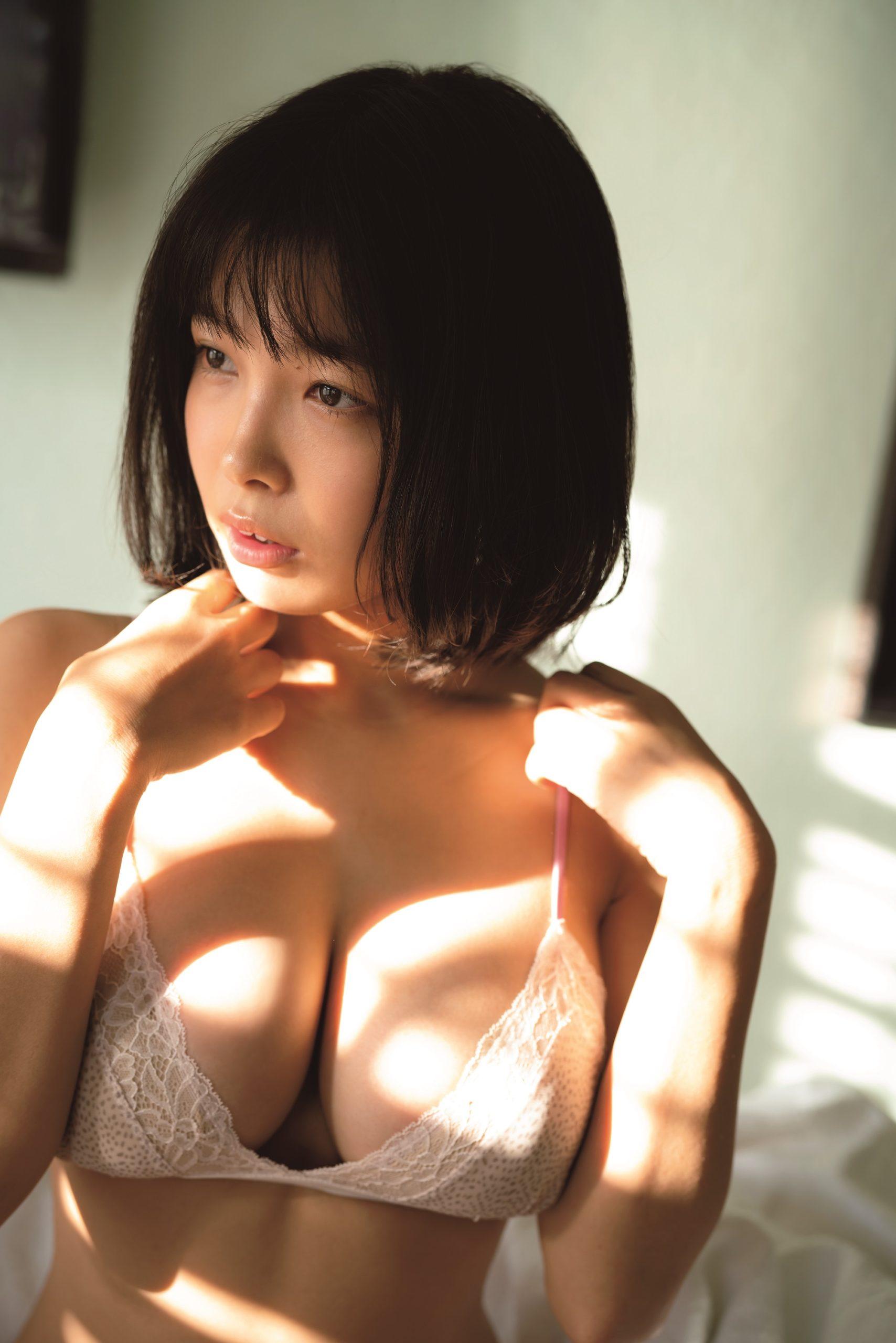 寺本莉緒/1st 写真集『CURIOSITY』©LUCKMAN/ヤングマガジン