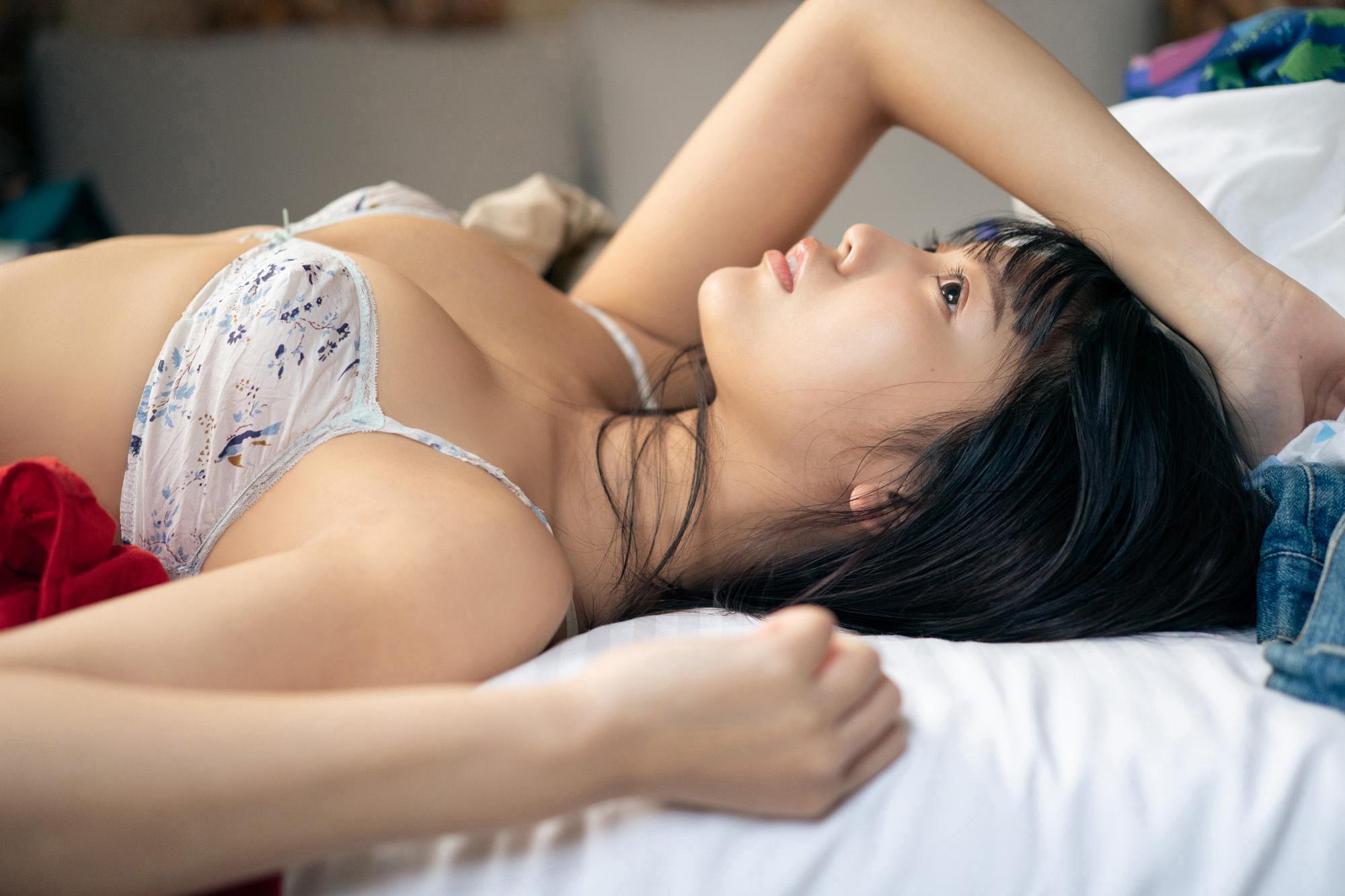 松下玲緒菜(まねきケチャ)1st写真集『いつまでも』