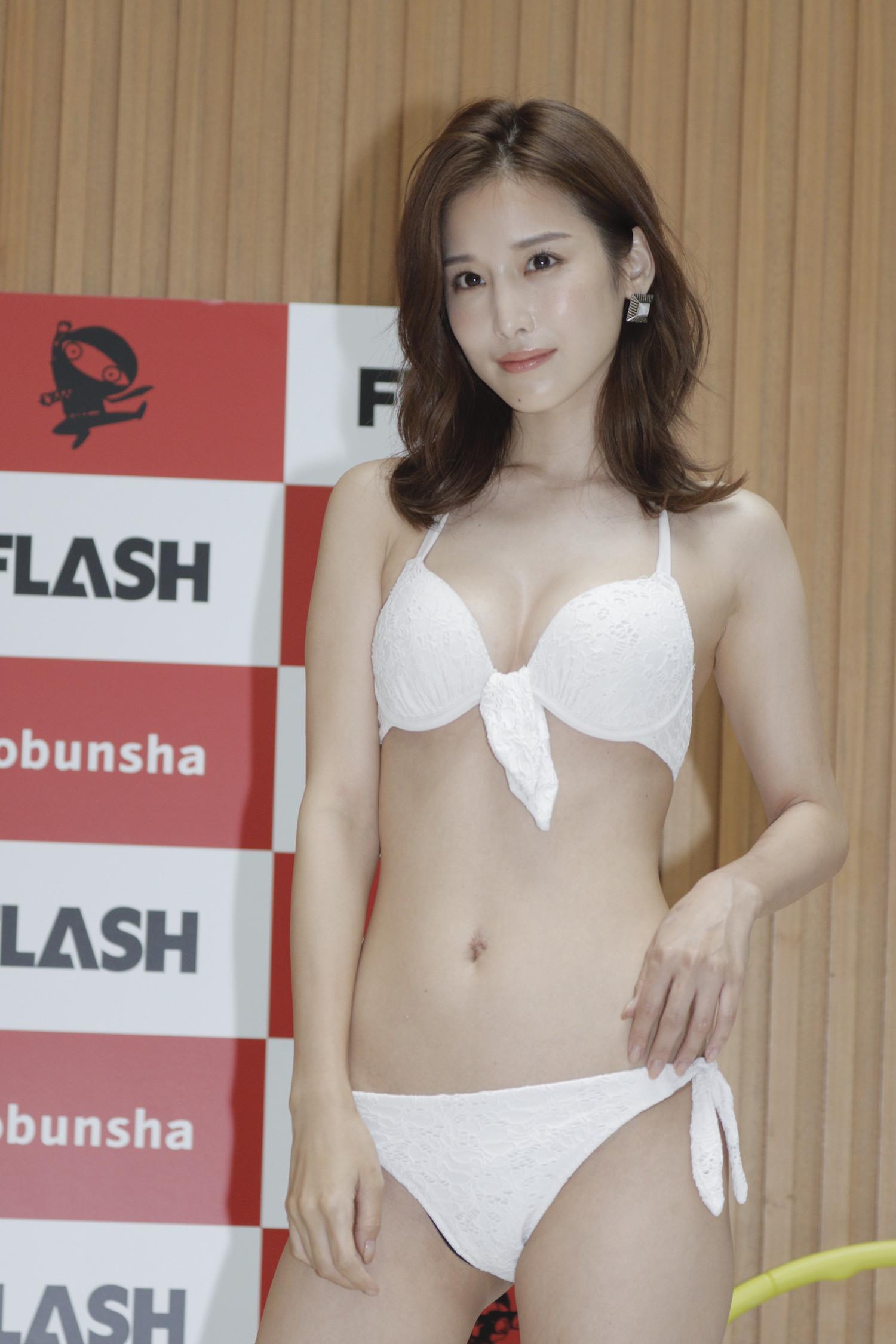 益田 アンナ
