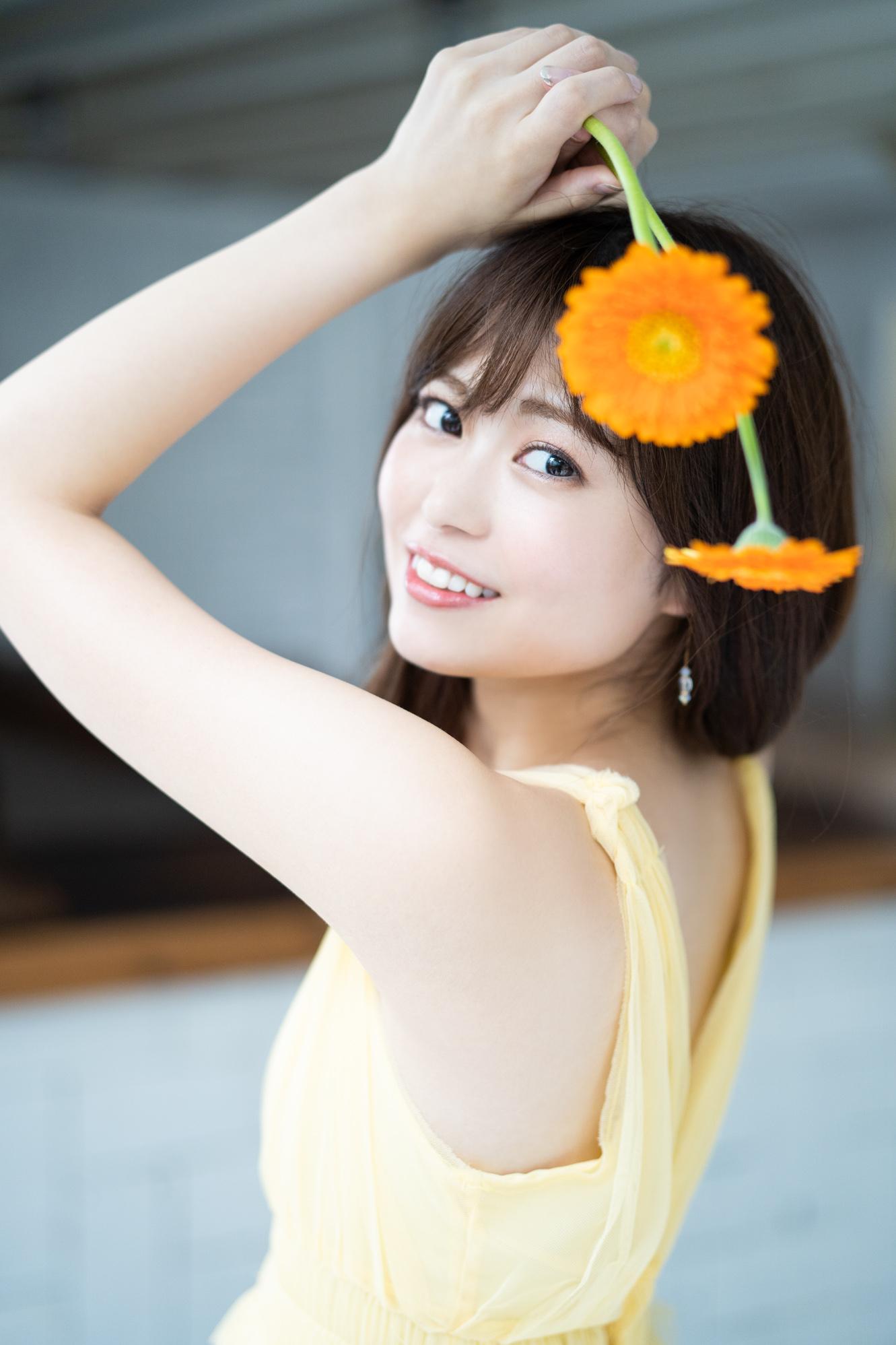 前田亜美(まえだ あみ/元AKB48)下着姿/『前田亜美1stフォトブック AMI』