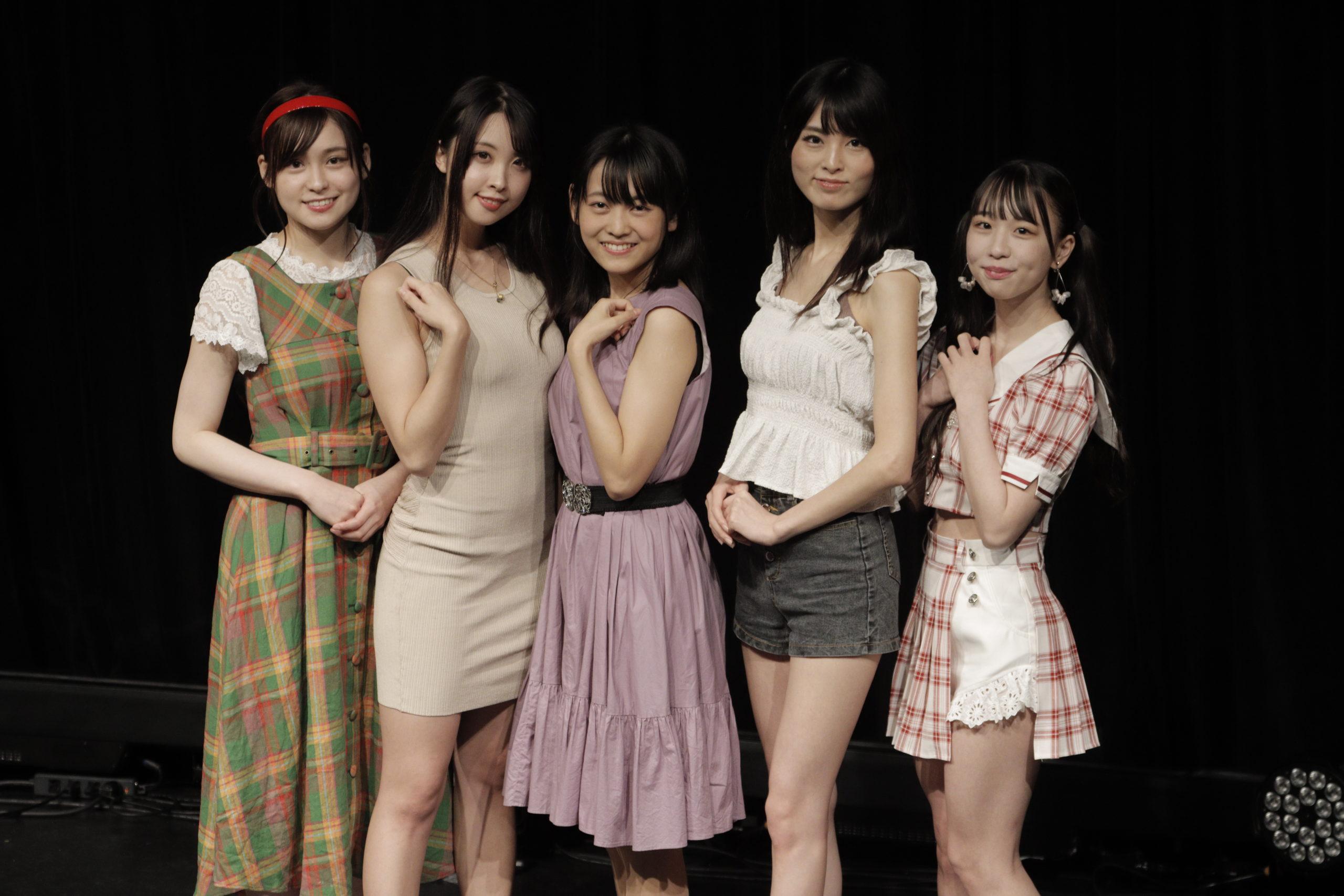 写真左より:ヲヲタリンリン、瀬戸ローズ、戸奈あゆみ、香月わかな、柳川みあ