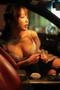 いくみ(グラビアアイドル)写真集